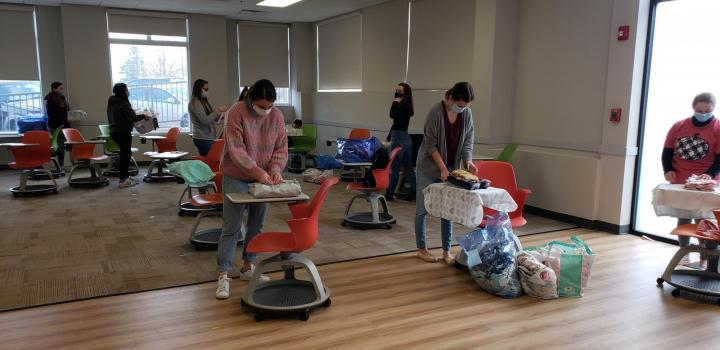Valpo nursing students