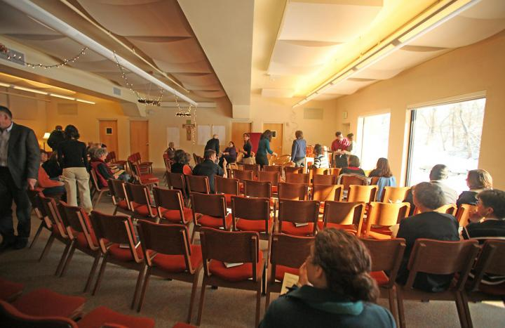 The assembly rooms are large and light-filled, and can be set up to meet the needs of each group.