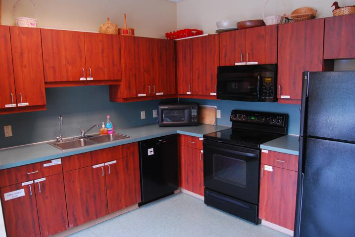 Guests renting at least one level of the Meeting Place may also reserve the kitchen at no extra cost.