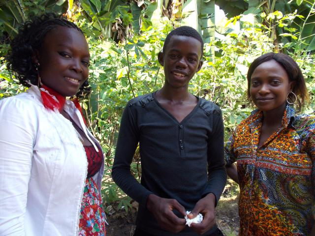 Gina Mulumbe, Persévérance Luzindalalu and Judith Malembu-Fumulombi, from Mennonite congregations in Kinshasa, participated in a Menno-Monde exchange during spring break, 2013. They were hosted by congregations in Kikwit and Bandundu City.